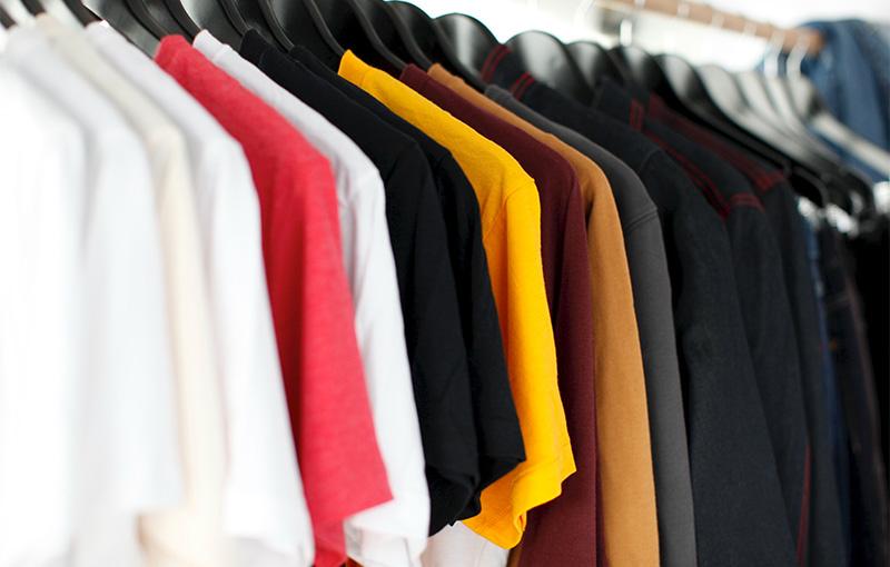 Farverigt bæredygtigt tøj